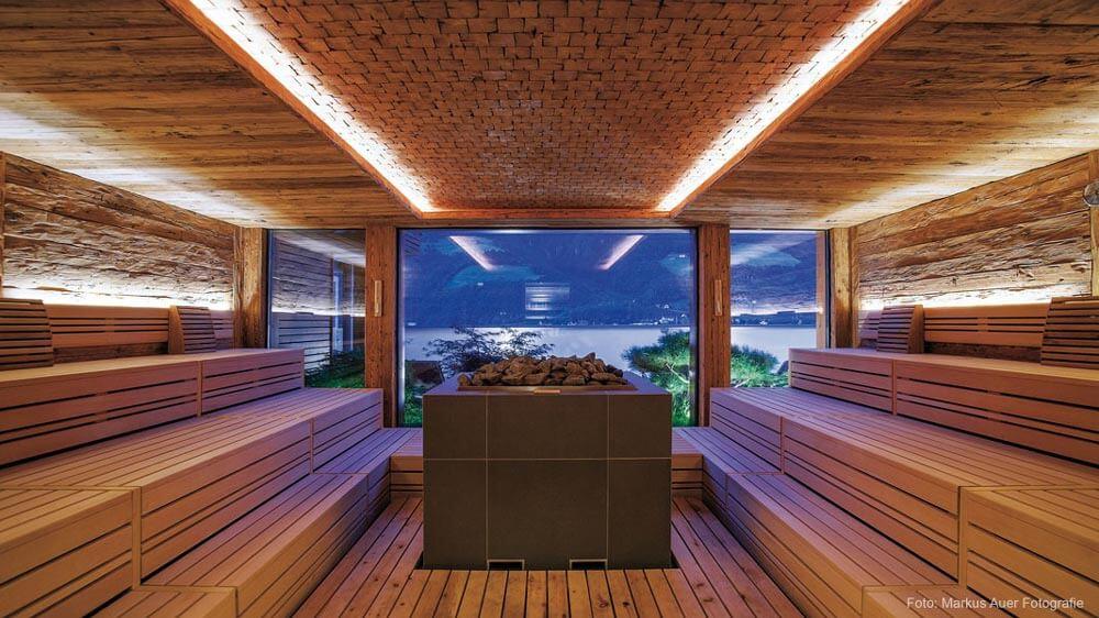 Umsetzung Produktdesign Altholzsauna im DolceVita Hotel Feldhof
